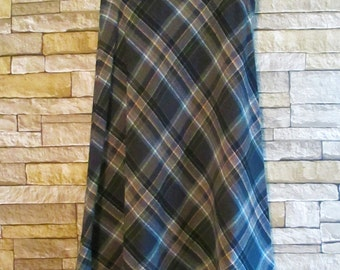 "True Vintage Wool Skirt Plaid Navy Blue Gray 1970's  28"" waist"