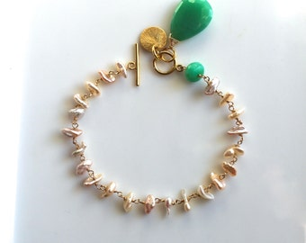 Delicate Keishi Pearl Linked Bracelet with Chrysoprase in 14kg fill...