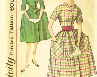 Simplicity 3511 Shirtwaist with Kimono Sleeves, Pleated Full Skirt, Collar Variations VINTAGE 1960s