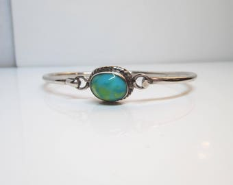 Vintage Taxco Mexico Sterling Silver and Turquoise Blue/Green Stone Fish Hook Bangle Bracelet - Size 6     1439 C