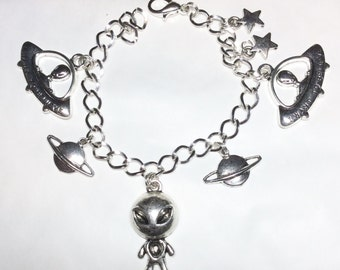 Aliens bracelet silver tone charms We are not alone, extra terrestrial ET Area 51