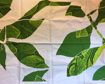 Marimekko Latvassa Korkella Green Leaf Print Fabric 1 Yard