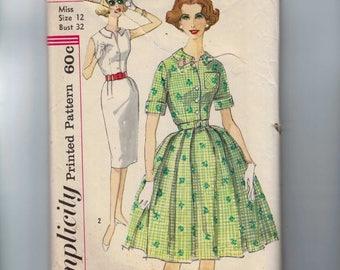 1960s Vintage Sewing Pattern Simplicity 3486 Misses Slim Full Skirt Shirtwaist Dress Size 12 Bust 32 60s