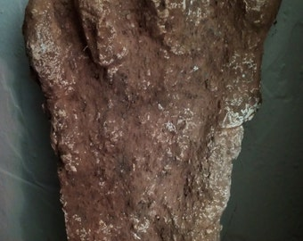 SASQUATCH BIGFOOT YETI  Only One Old Model Footprint Plaster European Bigfoot 4 fingers unknow source + 3 pictures were found