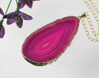 Pink Agate Pendant, Agate Necklace,Crystal Agate Slice, Agate Slice, Gold Plated Agate, APS198