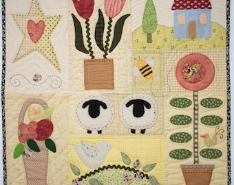 10% OFF - Mini quilt Simple Wonderful Life * Handmade Hand quilted