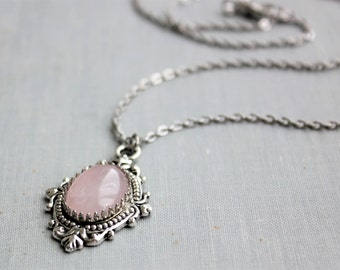 Rose Quartz Necklace. Gemstone Necklace.