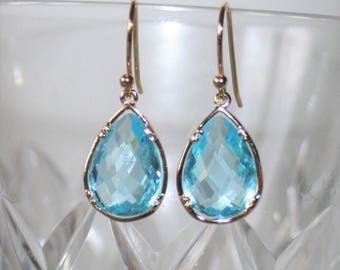 Aqua Drop Earring,Aquamarine Earrings,crystal Blue Earring,Bridal,Teardrop Earrings,Gift to Her,Simple aqua Earrings,Aquamarine jewelry