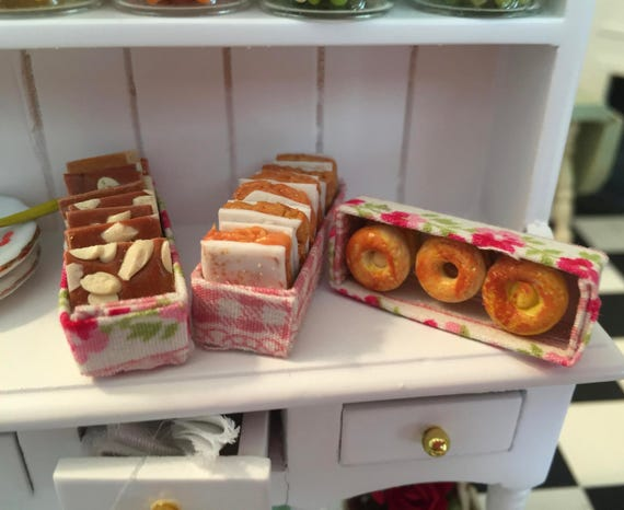 Miniature Baked Pastries  in Fabric Boxes, Miniature Sweets, Desserts, 3 Pcs, Style 2, Dollhouse Miniatures, 1:12 Scale, Miniature Food