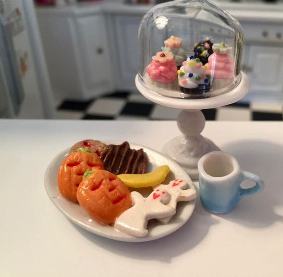 Miniature Cookies, Halloween Cookies, Cookie Platter, Style 4, Dollhouse Miniatures, 1:12 Scale, Mini Food, Sweets