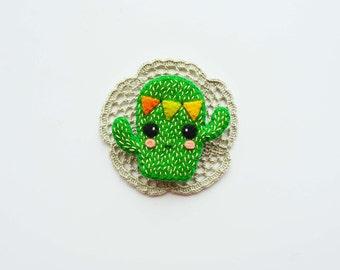Cactus Brooch / Felt Cactus Pin / Succulent Brooch / Cute Cactus Felt Brooch / Plant Brooch / Kawaii Cactus Pin / Bunting Cactus Brooch