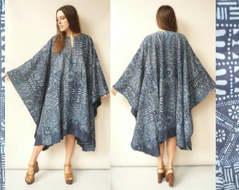 1970's Vintage Bohemian Indigo Dyed Cotton Batik Caftan Tunic Midi Dress