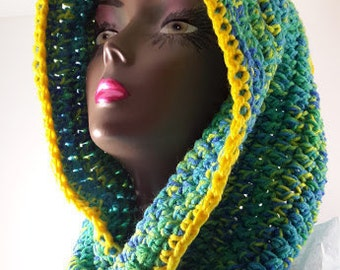 Cowl Crocheted - Tropical Twisted