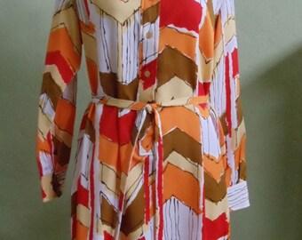 "Vintage 1970s Gailord Vibrant Chevron Print Belted Shirt Dress Bust 42"" Waist 40"""