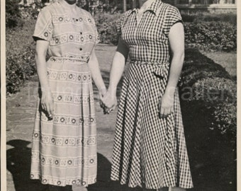 Digital Download, Two Women Holding Hands, Black & White Photo, Print Dresses, Found Photo, Vernacular Photo, Printable Photo, Snapshot