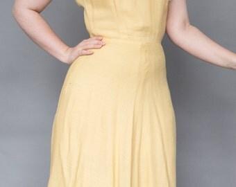 Buttercup Yellow Summer 1940s day dress