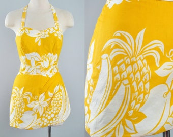 Vintage 50s Novelty FRUIT Print Skirted Romper / 1950s Yellow Cotton Tropical PLAYSUIT Sun Suit Mini Dress Skirt Pinup Beach Dress Small S