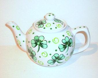 Shamrocks Tea Pot  36 oz. Irish Teapot Irish Wedding  Bridesmaid Gift Mother of the Bride Wedding Gift St. Patrick's Day St. Paddy's Day