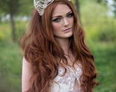 Freshwater Pearl and Lace Off-White 'Alexandria' Silk Velvet Couture Headdress