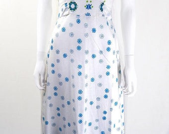 Original 1970s Vintage White Cotton Flower Power Maxi Dress UK Size 6/8