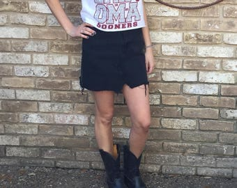 Oklahoma University Sooners Vintage Tee Shirt Game Day Top FREE SHIPPING - Tailgate in Style