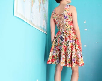 80s cotton floral print summer dress with open corset back, size S/M