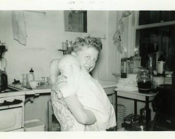 "Vintage Photo ""A Mother's Delight"" Children Baby Snapshot Antique Photo Old Black & White Photograph Found Paper Ephemera Vernacular - 181"