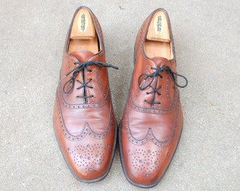 Vintage Mens 10h Bally France Lace Up Long Wingtips Oxfords Brogues Classic Wedding Suit Dress Shoes Cognac Brown Leather Spring Fashion Mod