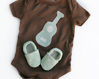 Organic Baby Guitar Gift Set- Short or Long Sleeves. Brown Bodysuit with Guitar and Organic Shoes in Mint Wink-- Baby Clothes. Soft Sole