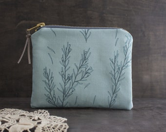 Blue Flower Zipper Pouch. Cosmetic Bag. Small Makeup Bag. Botanical Fabric Design. Coin Purse Wallet. Botanical Print. Clutch
