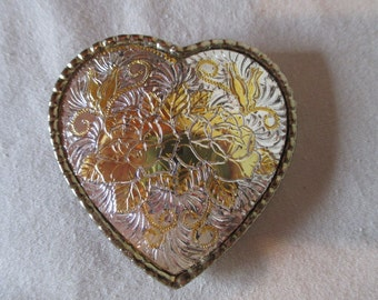 Buckle, Vintage Heart Shaped Engraved Roses, Silver toned Gold-tone, Valentine Sweetheart Buckle Western Rodeo Cowgirl, Retro, New Old Stock