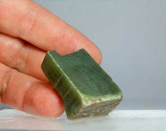 Nephrite Jade Lapidary Rough Slab from Jade City BC Canada 33 gram piece 1.45 inch long Lapidary & Cabochon Supply Jewerly Material