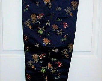 Vintage 1960s Ladies Navy Embroidered Satin Oriental Pedal Pushers Capri Pants Medium Only 15 USD