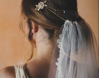 Bohemian wedding veil - pearl hair chain with detachable bridal veil - alternative veil - bride hair accessory - boho bride (#115)