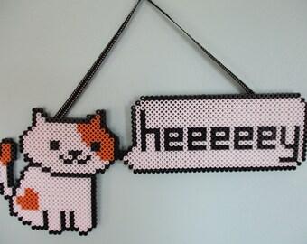 perler bead cat 'heeey' welcome sign