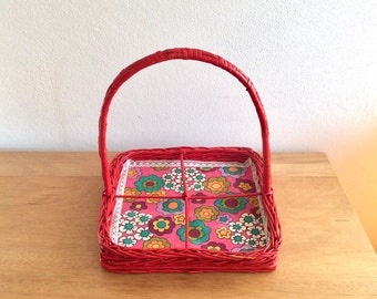 Seventies bright red woven wicker/rattan condiment caddy or condiment tray with doily in retro flower pattern