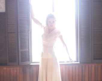 Vintage WOOL Skirt.  28 inch Waist, SM. / Ivory 70s Winter Skirt - Winter Lodge Clothing, Ski Skirt / Tea Length ALine Long Skirt