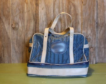 Small Overnight Luggage Bag Blue Carry On Travel Bag Duffle Sports Bag Vintage 1980s 80s (G)