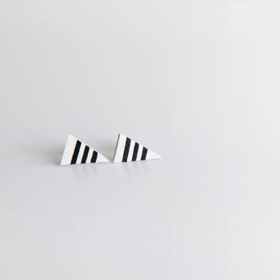 Striped white leather triangle earrings- minimal geometric white triangle earrings- black and white stud earrings