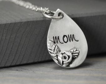 Mom Necklace, Mother Necklace, Rose Necklace, Mother's Day Gift, Gift For Mom, Hand Stamped Jewelry, Personalized Jewelry, Personalized