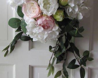 Wedding Aisle Decor, Lush Wedding Aisle Floral Arrangement, Aisle Decor,Wedding Hydrangea, Church Pew Floral Arrangements, Wedding Decor