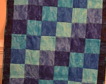 Shades of Blue Lap Quilt with Sea Turtles Backing