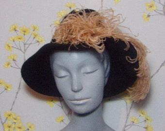 1970s Black Fur Felt Hat Ladies Felt Hat 70s does 40s Hat with Ostrich Feather Vintage Czech Hat