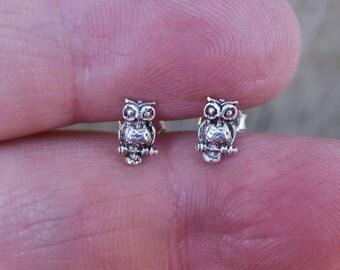 Cute Vintage 925 Sterling Silver Owl Stud Earrings