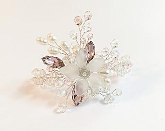 Pearl wedding bracelet, bridal pearl bracelet, bridal bracelet, wedding bracelet, wedding jewelry, pearl bridal bracelet, crystal bracelet