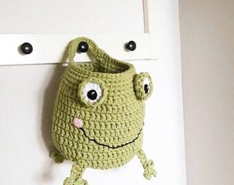 Home Decor, Kids Room Decor, Crochet Frog, Crochet Basket, Storage Basket, Green Basket, Basket with Handle, Nursery Decor, Baby Shower Gift