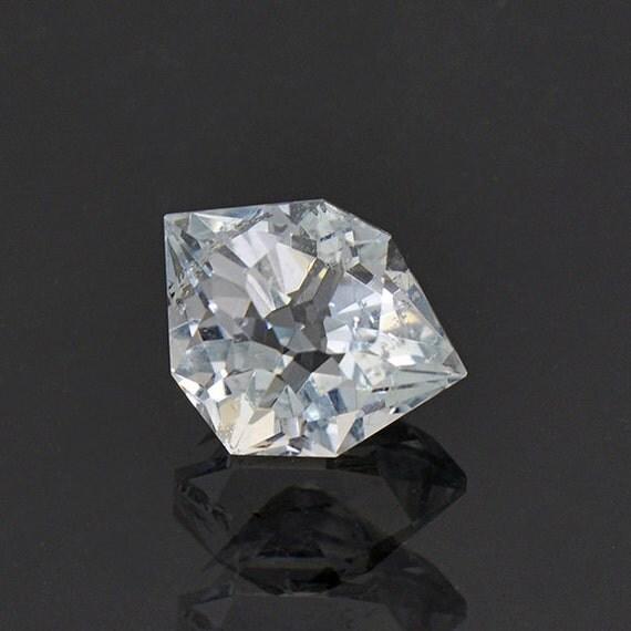 custom cut blue topaz gemstone from colorado 4 21 cts from