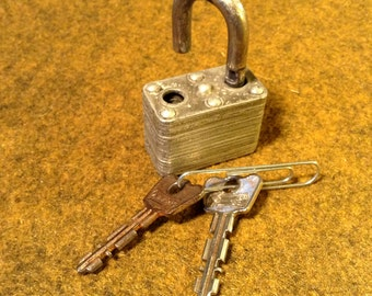Vintage Master Lock 22 with Key - Padlock marked 345