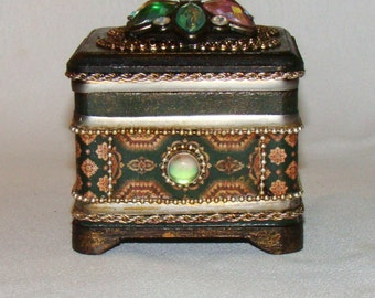 Hand made by me Trinket Jewellery Storage Box with Lid