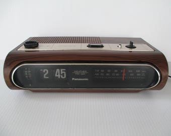 Vintage Panasonic Flip Clock Weather FM-AM, Japan Mid Century Snooze Flipper Alarm Clock All Works... but NOT the Lights